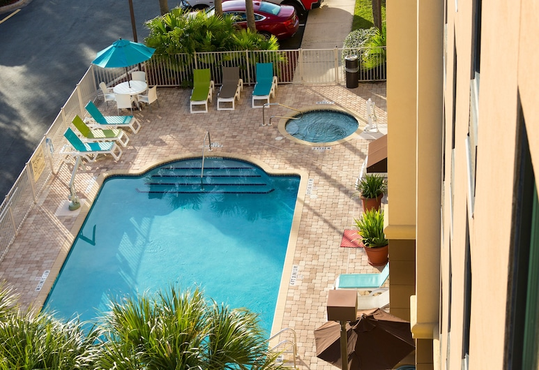 Hampton Inn Suites Jacksonville Airport, Jacksonville, Piscine en plein air