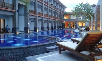 Picture of Grand Sinar Indah Hotel in Legian