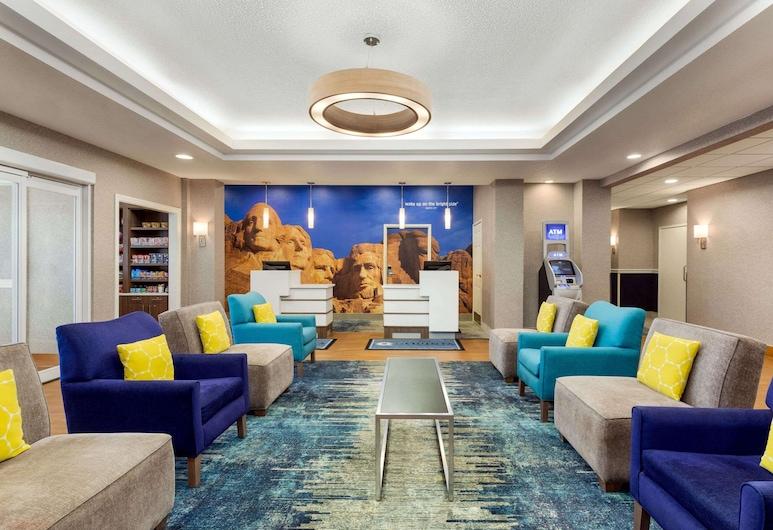 La Quinta Inn & Suites by Wyndham Rapid City, Rapid City, Hall