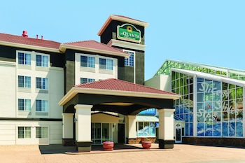 Picture of La Quinta Inn & Suites by Wyndham Rapid City in Rapid City