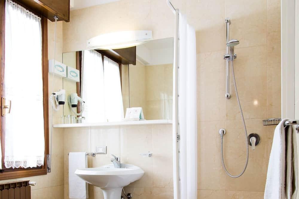Double Room Single Use - Bilik mandi