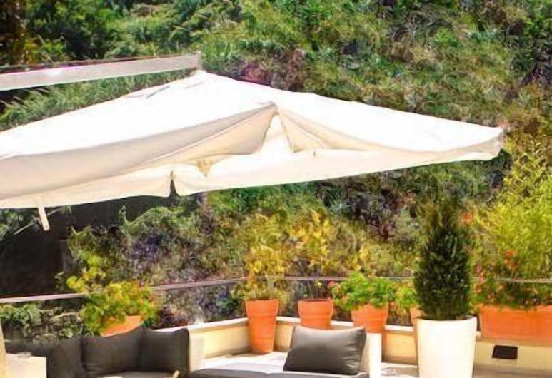 瑪莉娜 10 精品設計飯店, 卡薩米喬拉特爾梅, 露台