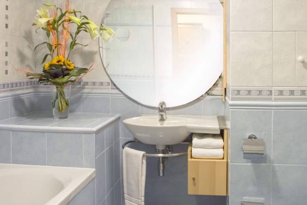 Suite junior, 1 habitación, 2 baños, vista al valle - Baño