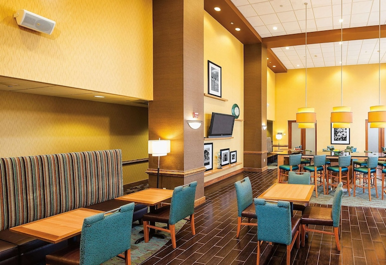 Hampton Inn & Suites Chesapeake-Square Mall, Chesapeake, Reception