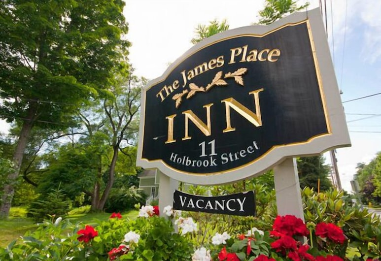 The James Place Inn Bed and Breakfast, פריפורט, שטחי הנכס
