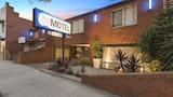 Choose This 4 Star Hotel In Geelong