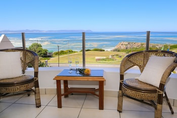 Picture of Misty Waves Boutique Hotel in Hermanus