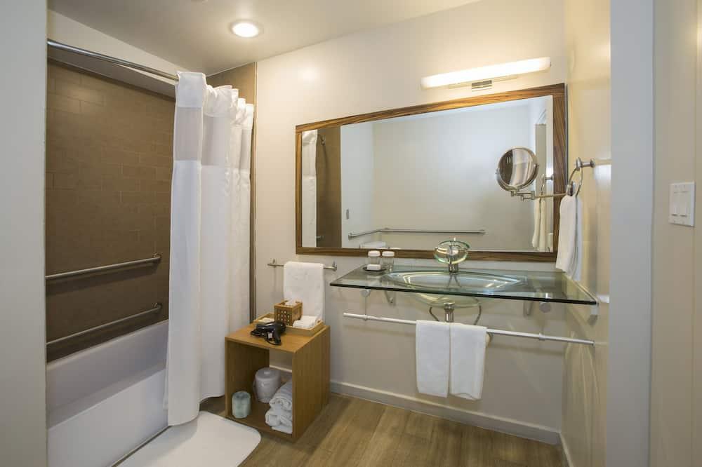 デラックス ルーム クイーンベッド 1 台 - バスルーム