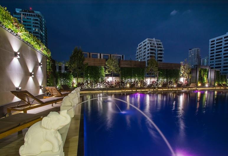 Centre Point Sukhumvit 10, バンコク, 屋外プール