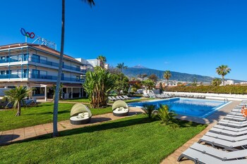 Picture of Hotel Weare La Paz in Puerto de la Cruz