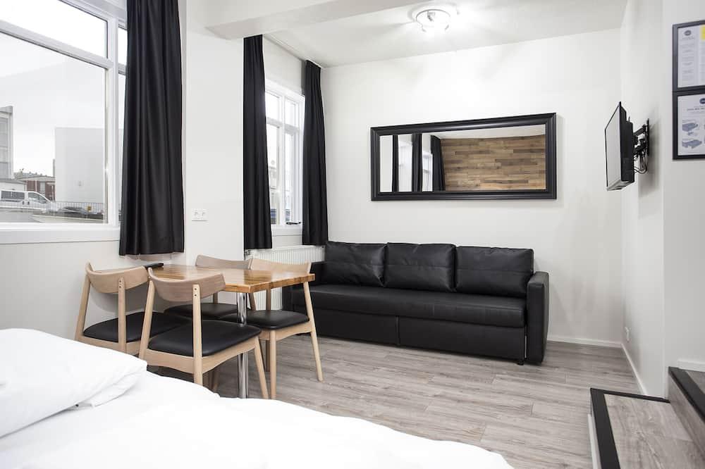 شقة عائلية (Studio) - تناول الطعام داخل الغرفة