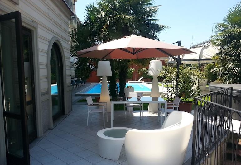 Hotel Villa Savoia, Turin, Hồ bơi ngoài trời