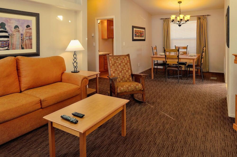 Cabane, 1 chambre, cuisine - Salle de séjour