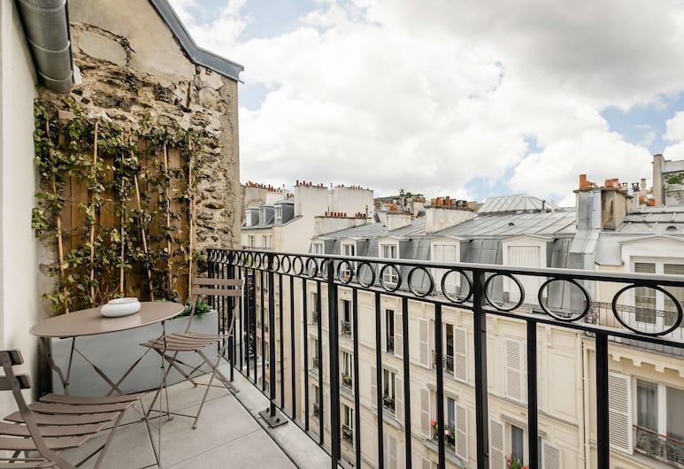 Hotel Arc de Triomphe, Paryż, Apartament rodzinny typu Suite, 2 sypialnie, pokoje połączone (Family Suite, 2 Bedrooms, Connecting), Pokój