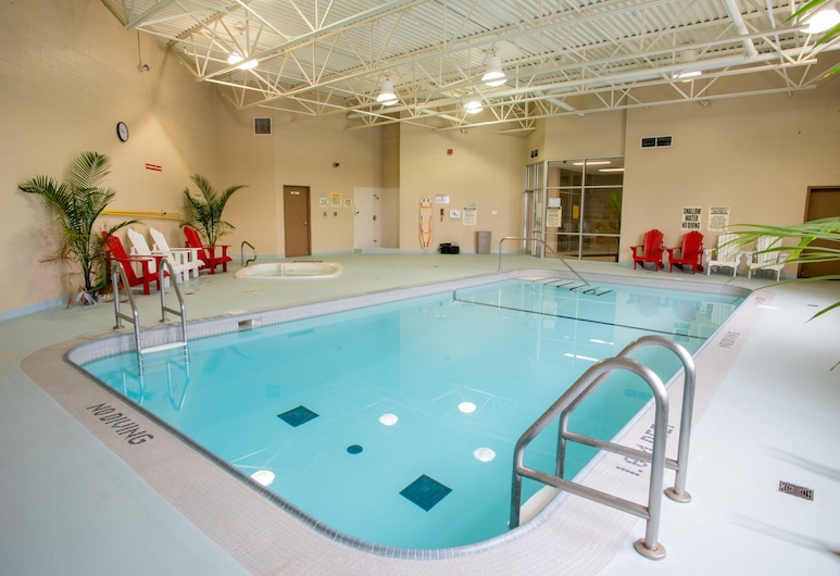 密西沙加溫德姆速 8 飯店, 密西索加, 游泳池