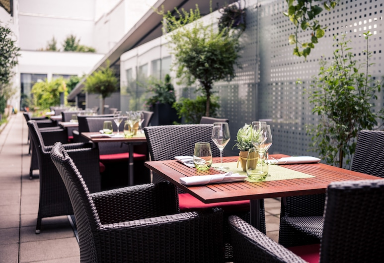 Courtyard by Marriott Munich City Center, Munich, Terrace/Patio