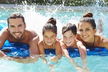 Obrázek hotelu Microtel Inn & Suites by Wyndham Kingsland ve městě Kingsland