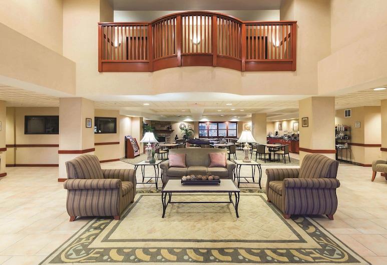 La Quinta Inn & Suites by Wyndham Kennewick, Kennewick, Lobby