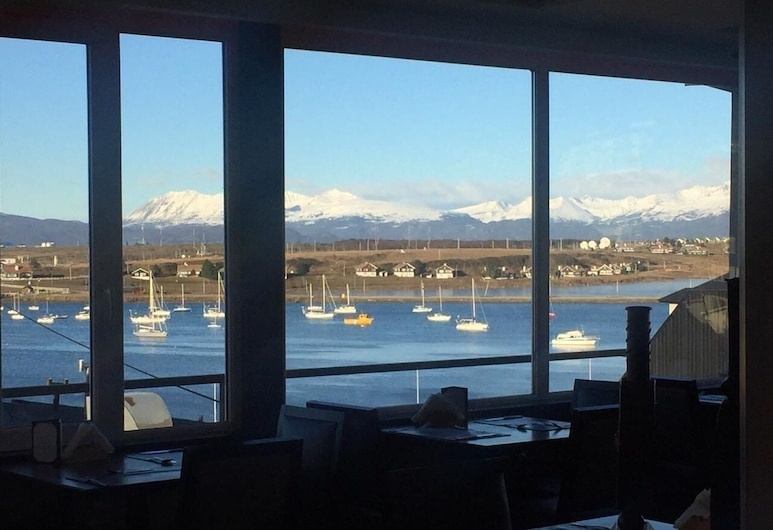 Lennox Hotel, Ushuaia, Nhà hàng