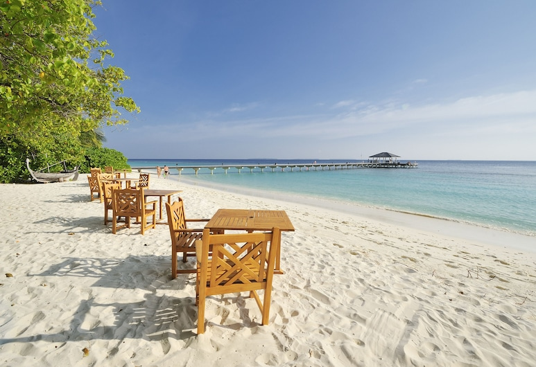 Royal Island Resort And Spa, Ostrov Horubadhoo, Pláž