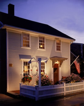 Picture of The Revere Guest House in Provincetown