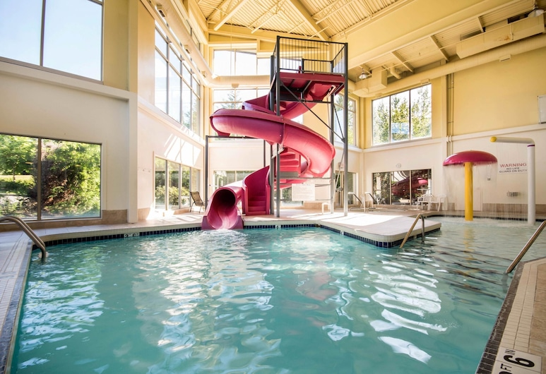 Comfort Inn & Suites, Ленглі, Басейн