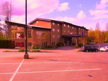 Picture of Comfort Inn & Suites in Langley