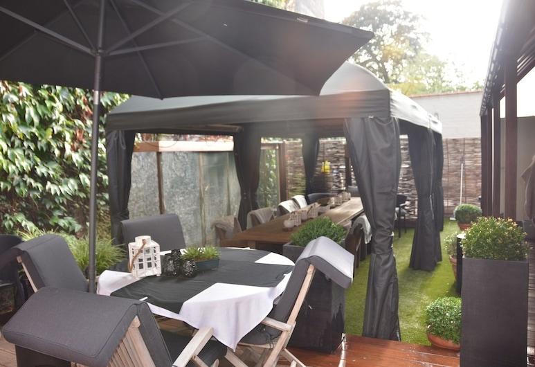 Hotel Gheestelic Hof, Bruges, Jardim