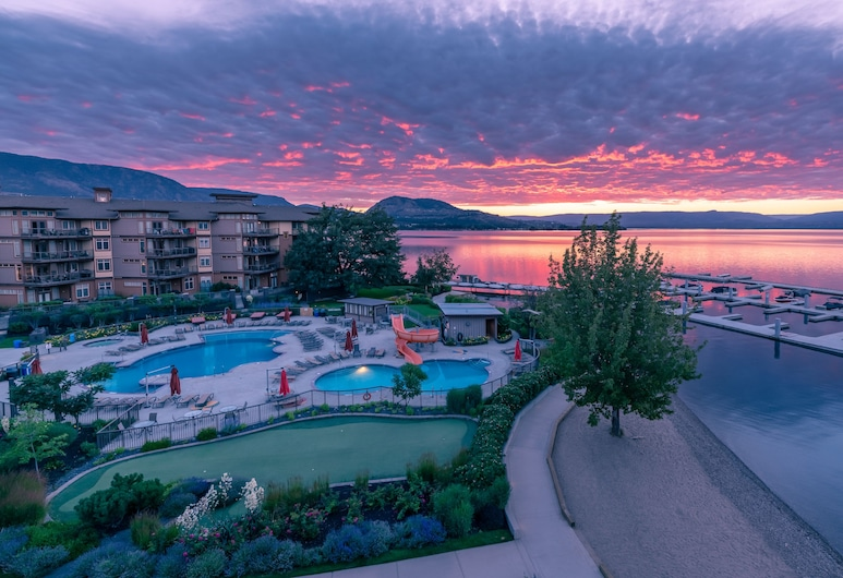The Cove Lakeside Resort, West Kelowna