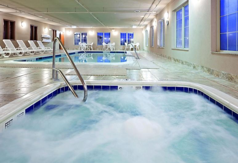 Holiday Inn Express Syracuse Fairgrounds, an IHG Hotel, Warners, Havuz