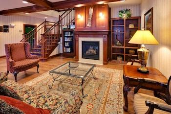תמונה של Country Inn & Suites by Radisson, Lake George (Queensbury), NY בקווינסברי