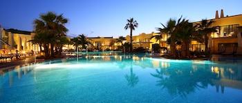 休塔德利亞德梅諾爾卡瓦倫丁星際成人專用酒店的圖片