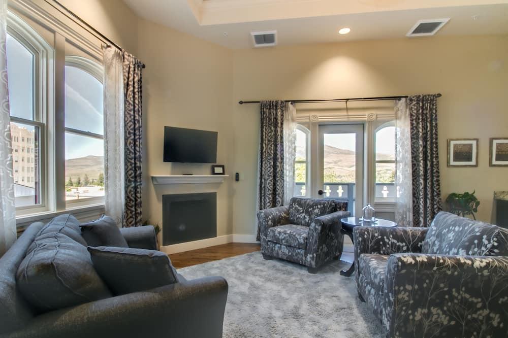 Suite, 1 Tempat Tidur King (Hargadine) - Ruang Keluarga