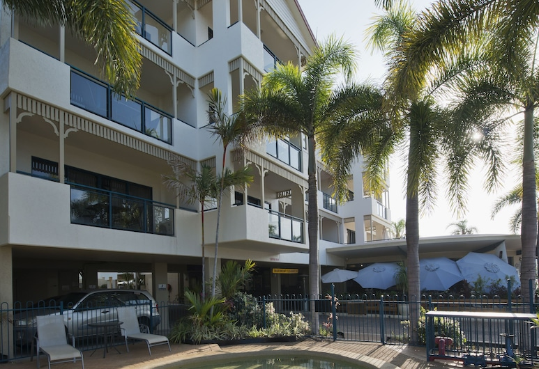 Park Regis Anchorage, South Townsville, Outdoor Pool