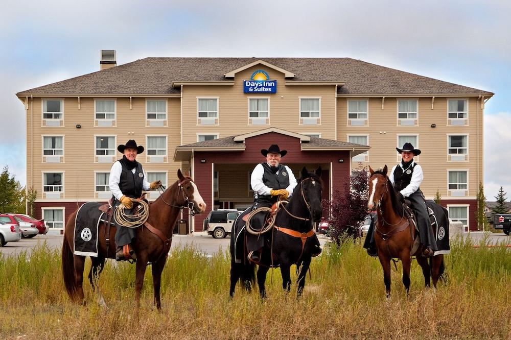 Days Inn & Suites - Cochrane, Cochrane