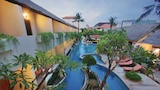 Choose this Complexes touristiques in Legian - Online Room Reservations