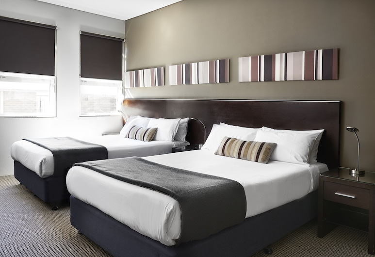 Vulcan Hotel Sydney, Ultimo, Superior Twin Room, 2 Queen Beds, Guest Room