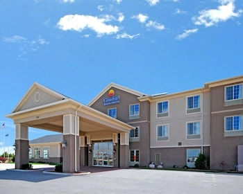 Picture of Comfort Inn & Suites Madison North in De Forest
