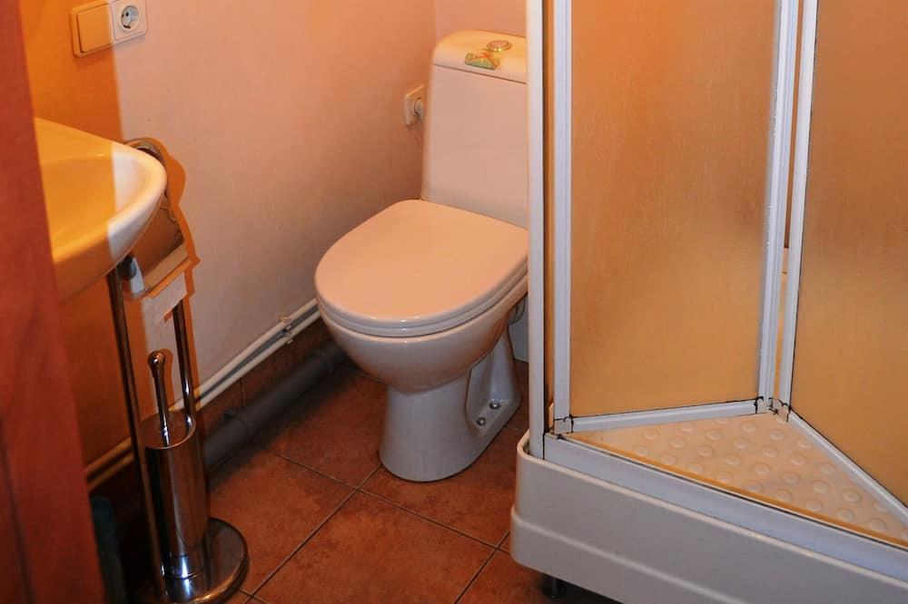 舒適三人房 (Plus) - 浴室