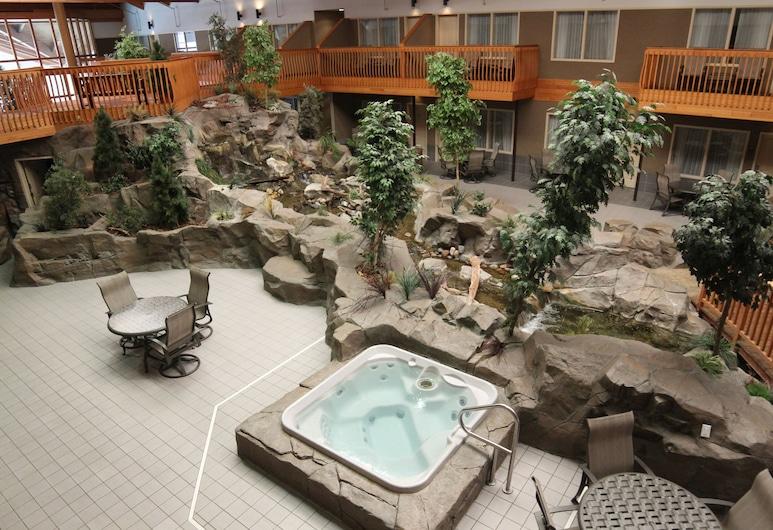 カモン イン ホテル & スイーツ, グランド フォークス, 屋内スパ浴槽