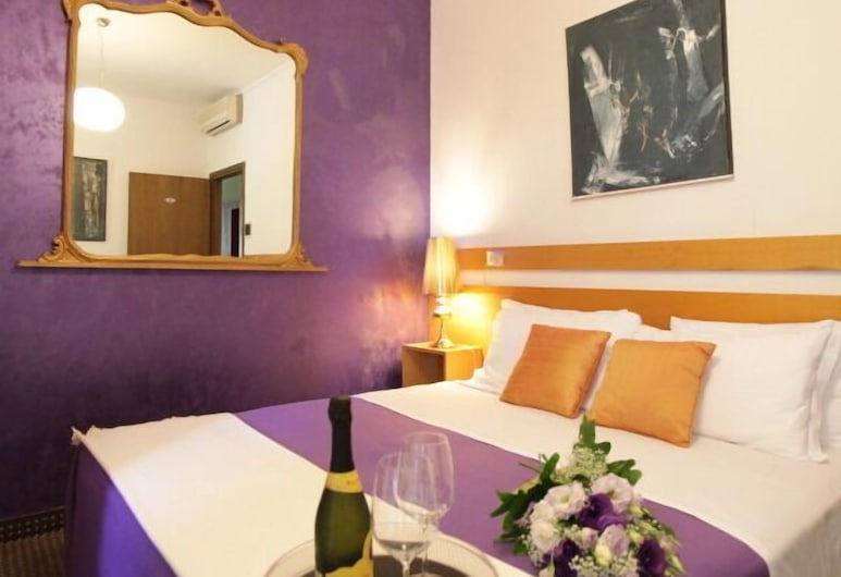 Art Hotel, Mirano, Standard Double Room, Guest Room