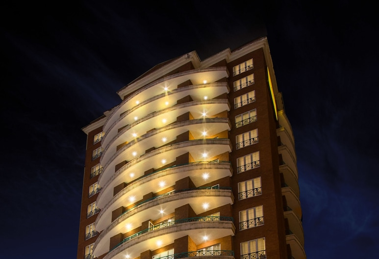 Hotel Casa Veranda, Guatemala City, Hotel Front – Evening/Night