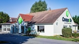 Reserve this hotel in Corbeil-Essonnes, France
