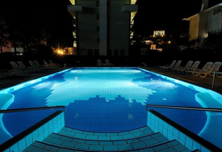 Albergo Gardesana, Riva del Garda, Outdoor Pool