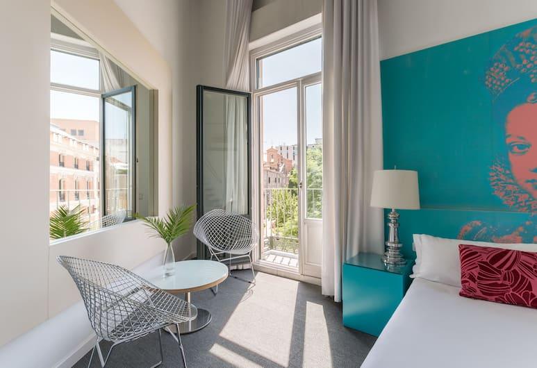 Room Mate Laura, Мадрид, Дуплекс (Suite), Вид из номера