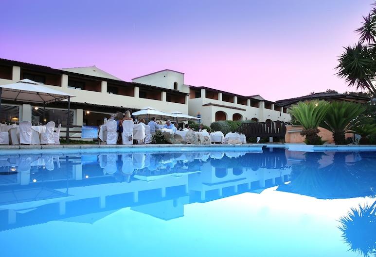 Hotel Speraesole, Olbia, Facciata hotel (sera/notte)