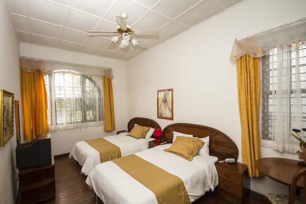 ห้องดีลักซ์, เตียงควีนไซส์ 2 เตียง - ห้องพัก
