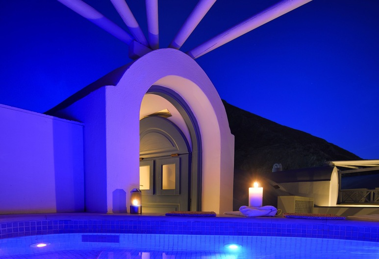 Tamarix del Mar Suites, Santorini, Z zewnątrz