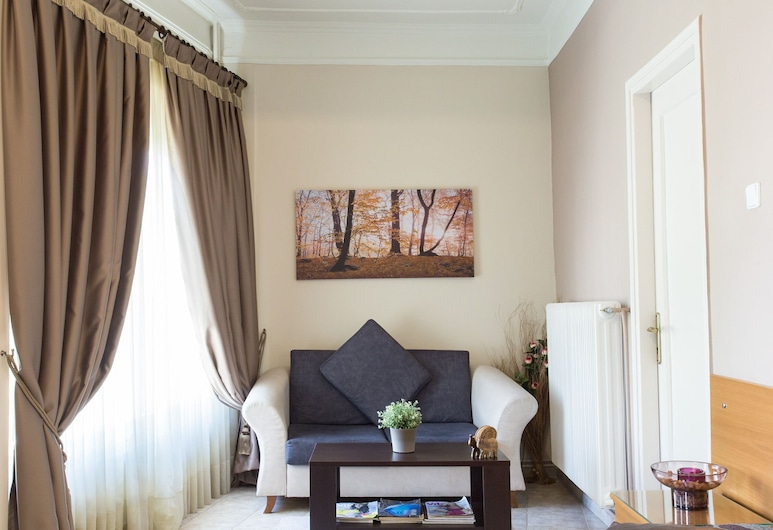 Anesis Hotel, Kozani, Comfort trippelrum - 3 enkelsängar, Vardagsrum