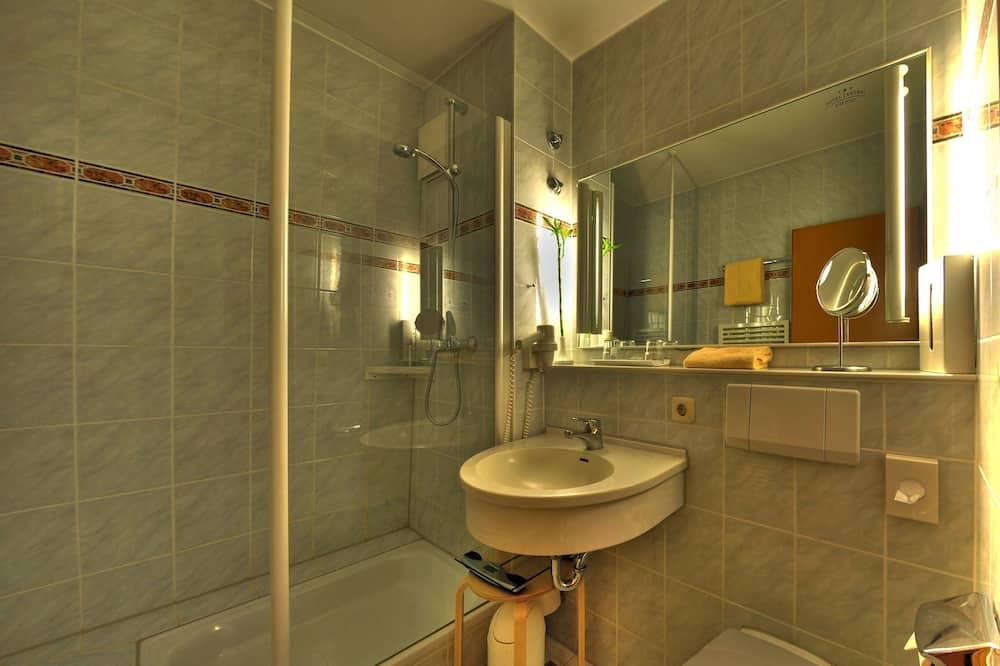 غرفة عادية لاثنين - حمّام